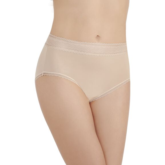 Flattering Lace Brief Panty Honeybge