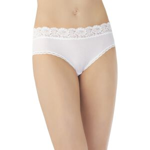 Flattering Lace Hipster