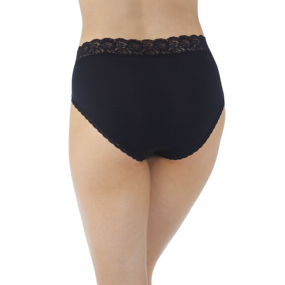 Flattering Lace Hi-Cut Panty Midnight Black